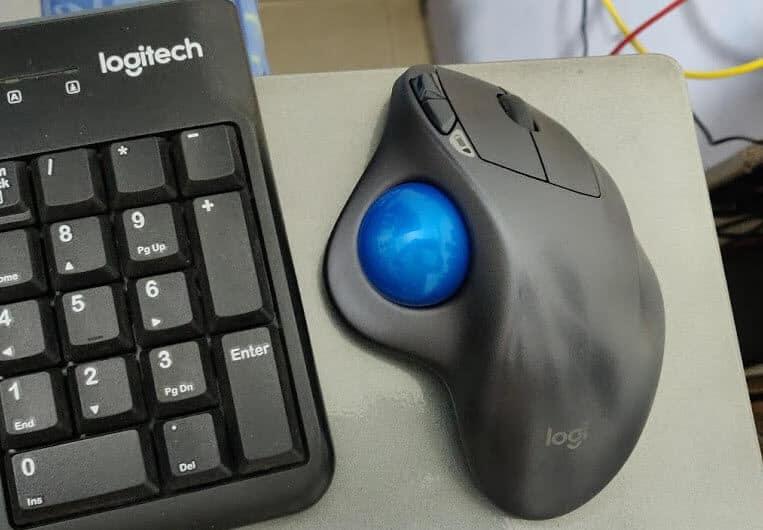 Logitech M570 Ergonomic Mouse